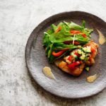 食べチョク連載【食べチョク&more】夏バテにもいいキュウリを使った「鶏肉のラビゴットソース」